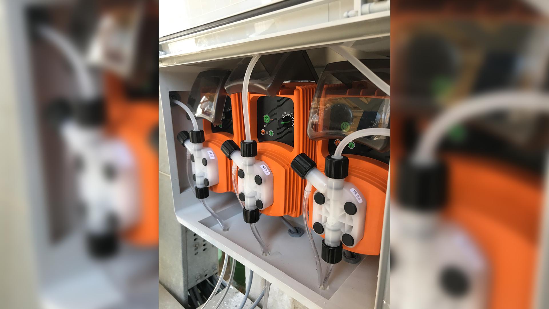 EMEC V Serisi Elektromanyetik Dozaj Pompaları